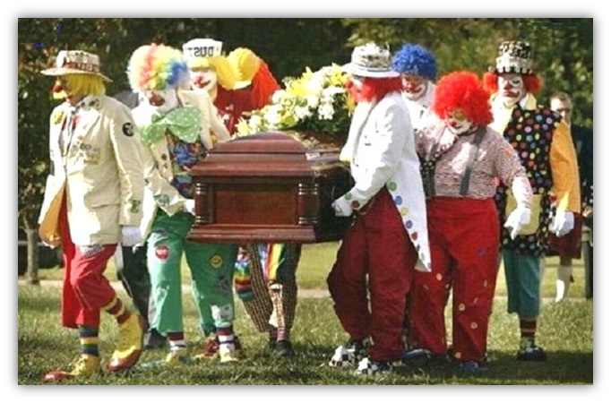 0 GALLERY clown funerale