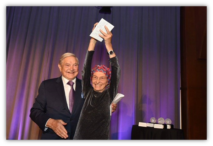 http://www.accademianuovaitalia.it/images/GALLERY/00-GALLERY-SOROS-BONINO.jpg